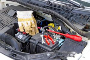 Denken Sie an die regelmäßige Wartung Ihres Fahrzeugs und verwenden Sie Leichtlaufmotorenöl.