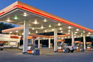 Pöl ist an Tankstellen nur selten zu finden.