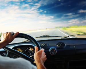 Wie können Sie Kraftstoff sparen? Auch im Fahrzeuginneren gibt es Spritfresser.